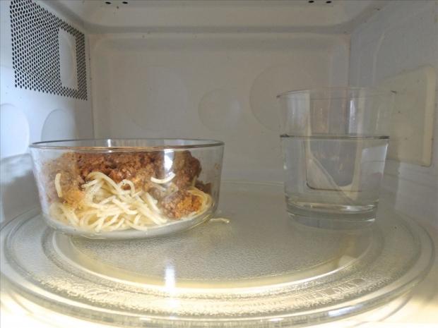 οδηγίες για σωστό ζέσταμα στον φούρνο μικροκυμάτων