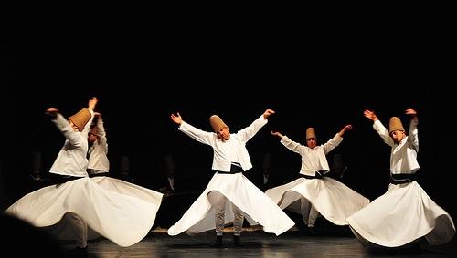 ο χορός των δερβίσηδων