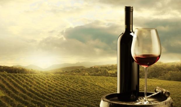 το κρασί βοηθάει στην απώλεια βάρους