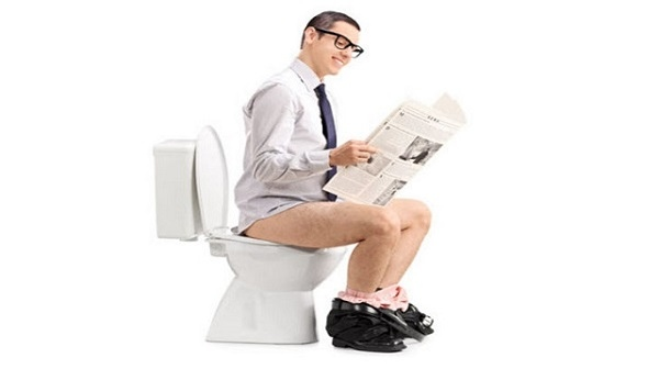 η καθιστή είναι η λάθος στάση στην τουαλέτα