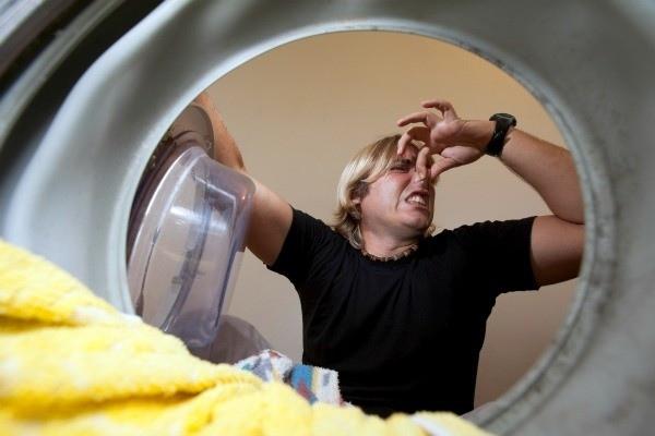 αν το πλυντήριο μυρίζει τότε θέλει καθάρισμα