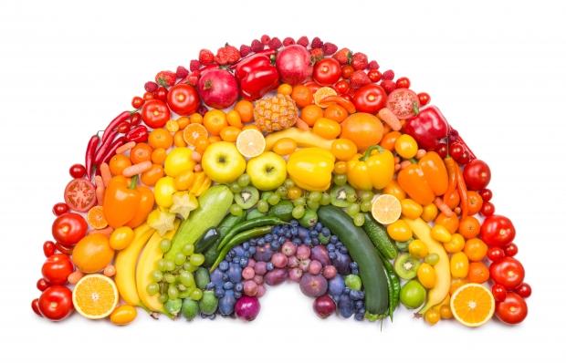 βάλτε στη διατροφή σας διάφορα λαχανικά από πέντε διαφορετικά χρώματα