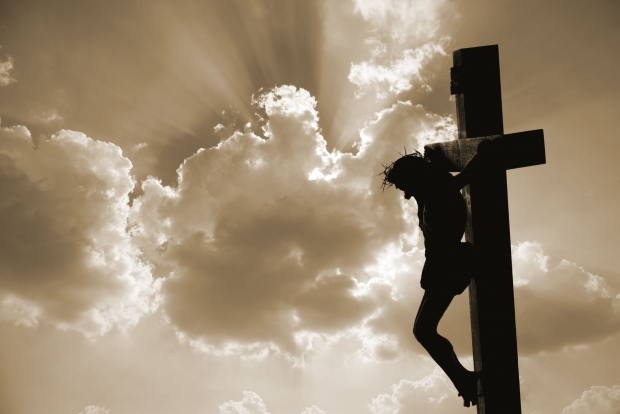 η νηστεία σχετίζεται με τη σταύρωση του Χριστού