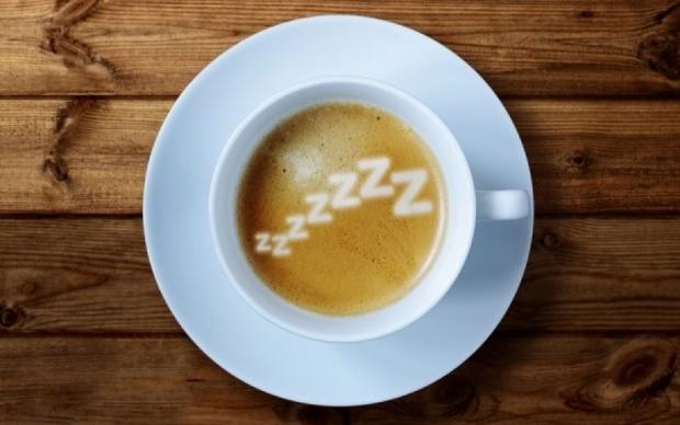 ο καφές και η καφεΐνη γενικότερα επηρεάζουν την ποιότητα του ύπνου μας