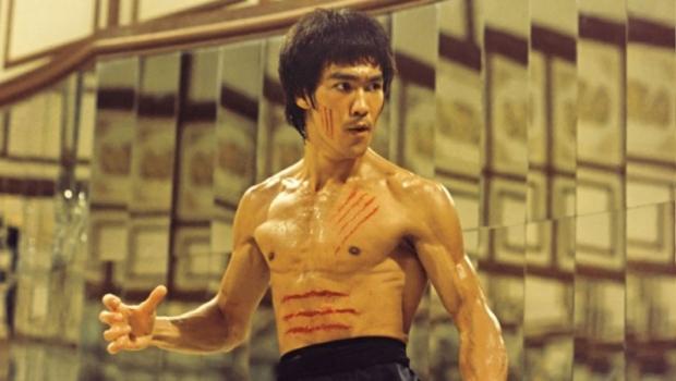 Ο Bruce Lee έκανε διάσημες τις πολεμικές τέχνες μέσα από τις ταινίες του