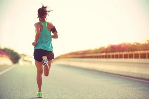 η πρωινή άσκηση βοηθάει σημαντικά στην απώλεια βάρους
