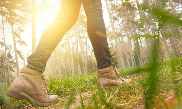 η πρωινή έκθεση στον ήλιο κάνει καλό στην απώλεια του σωματικού βάρους