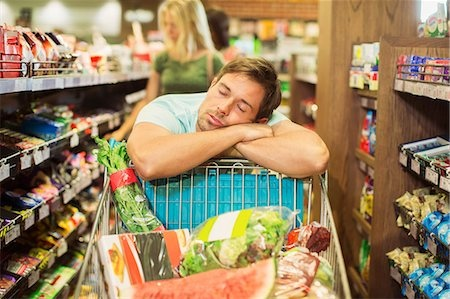 αποφύγετε να πηγαίνετε για ψώνια όταν είστε κουρασμένοι ή όταν βαριέστε