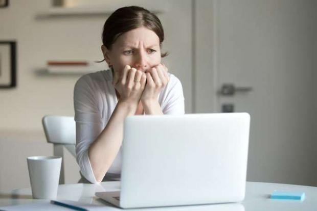 δεν ψάχνουμε ποτέ τα συμπτώματα μας στο ίντερνετ όταν είμαστε άρρωστοι