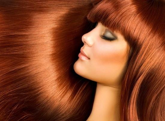 αν διατηρούμε τα μαλλιά μας υγιή, ενυδατωμένα και λαμπερά, το κόκκινο χρώμα θα διατηρηθεί για μεγαλύτερο χρονικό διάστημα ζωηρό και ζωντανό