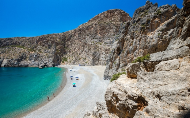 Η μαγευτική παραλία στο Αγιοφάραγγο Ηρακλείου