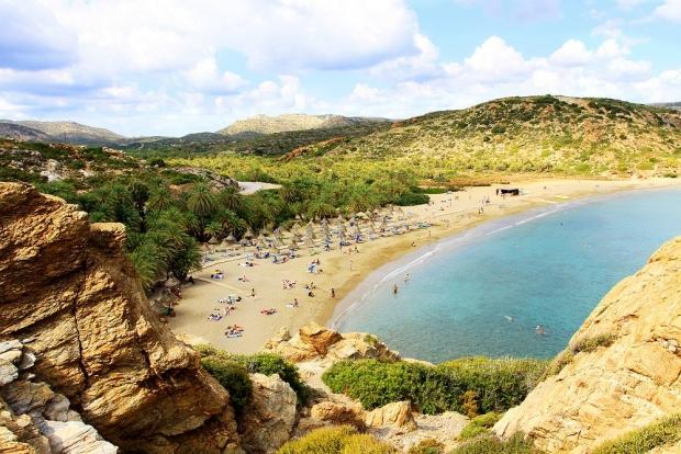 Η διάσημη παραλία του Βάι με το φοινικόδασος