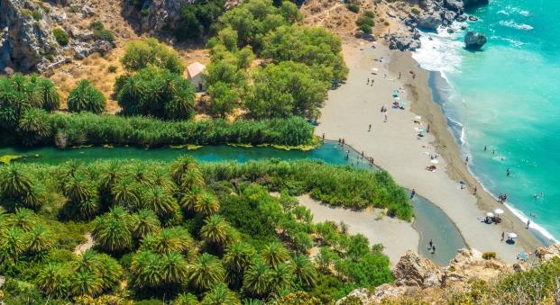 Η εντυπωσιακή παραλία της Πρέβελης