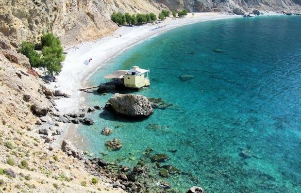 Η παραλία Γλυκά Νερά στα Σφακιά