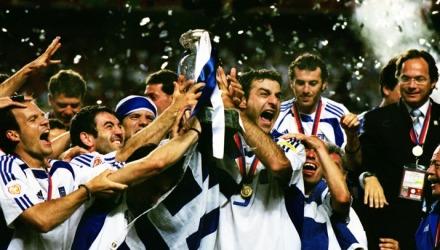 Οι πανηγυρισμοί για την κατάκτηση του Euro 2004