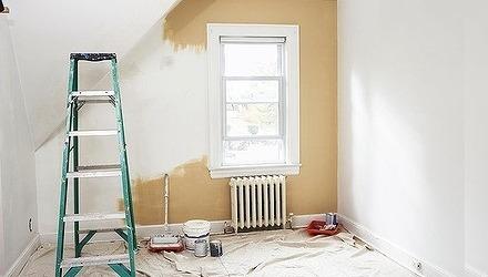 βάφουμε το σπίτι