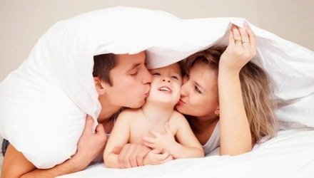 μαμά, μπαμπάς και παιδί