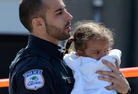 μην φοβίζετε τα παιδιά με την αστυνομία