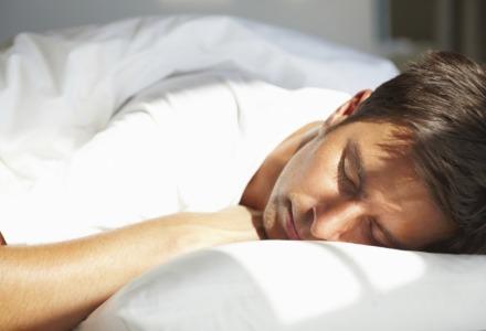 Που οφείλεται το τέντωμα μετά τον ύπνο