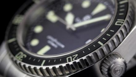 γιατί τα ρολόγια έχουν περιστρεφόμενο στεφάνι