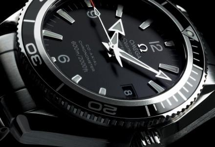γιατί τα ρολόγια στις διαφημίσεις δείχνουν δέκα και δέκα