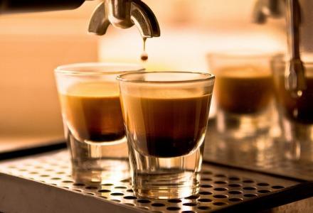 πόσα φλιτζάνια καφέ την ημέρα