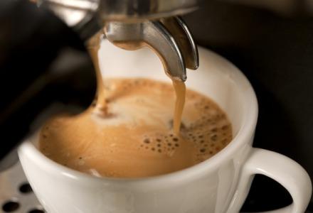 πρέπει να πίνουμε καφέ με μέτρο