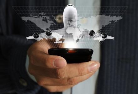 πρέπει να κλείνουμε τα κινητά στο αεροπλάνο;