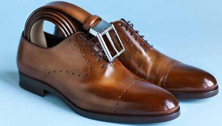 η ζώνη να ταιριάζει με τα παπούτσια