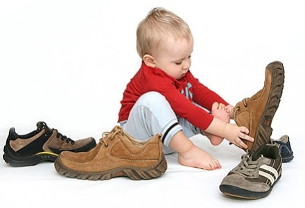 βρείτε το σωστό μέγεθος στα παιδικά παπούτσια