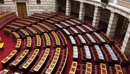οι έδρες δίδονται βάσει λίστας