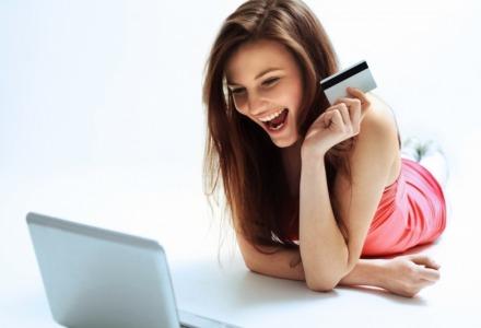 η αγορά ρούχων μέσω ίντερνετ είναι εύκολη, γρήγορη και ασφαλής