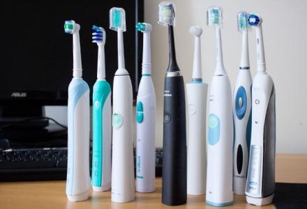 υπάρχει μεγάλη γκάμα από ηλεκτρικές οδοντόβουρτσες