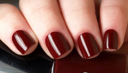 πως να βάψω τα νύχια