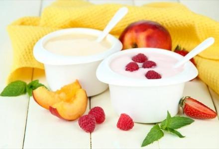 τα επιδόρπια γιαουρτιού με φρούτα δεν είναι υγιεινά
