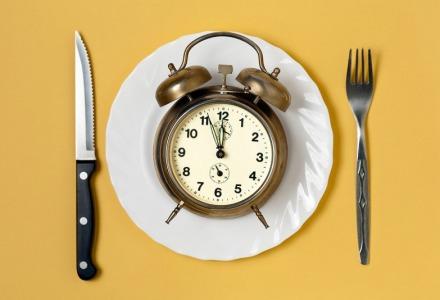12-1 πρέπει να τρώμε μεσημεριανό
